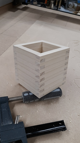 20191121_162325box assembled