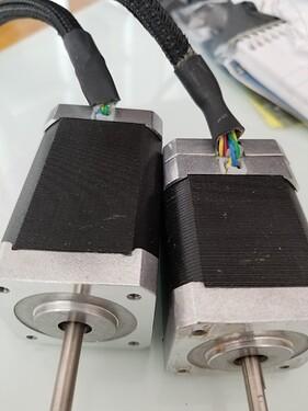 both_motors_2