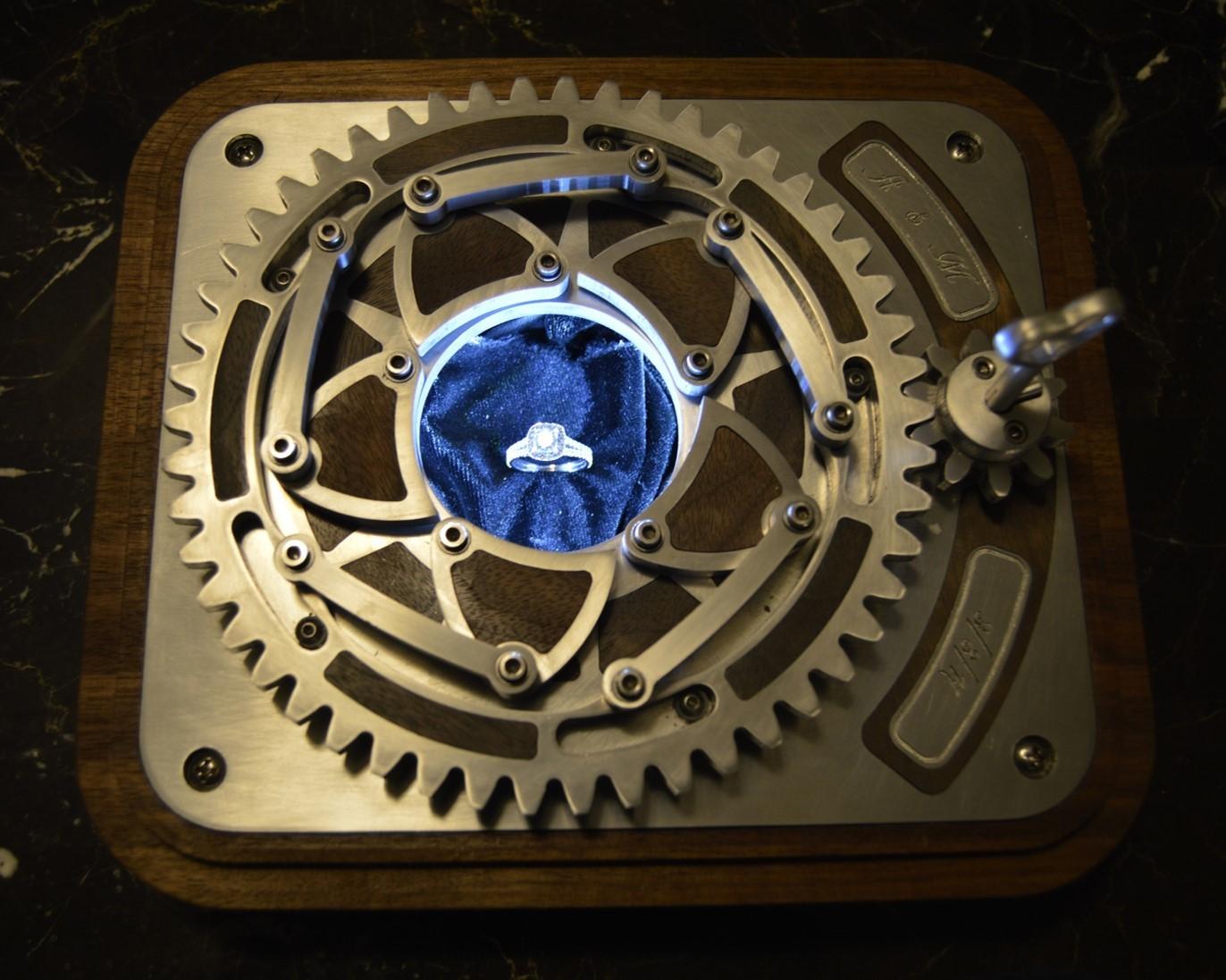 Mechanical Iris Lock Box For Ring Gallery Carbide 3d